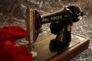 sewing-machine-1806096_1920