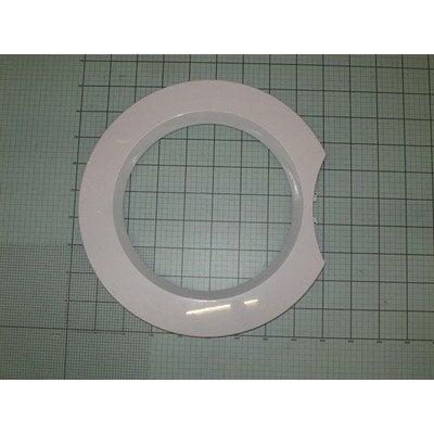 Pierścień zewnętrzny drzwi (1020743)