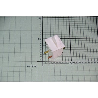 Włącznik oświetlenia (8012596)