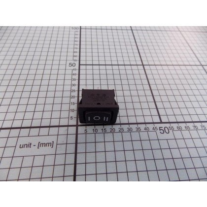 Przycisk włącznika silnika 1016128
